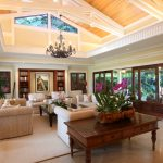 Barack Obama's Hawaiian Beachfront Vacation Getaway