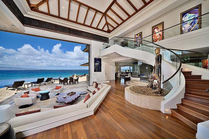 Stunning California Beach House Inspired By The Horizon: Luxury Beachfront Estate In Maui
