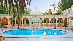Mansion-Swimming-Pool