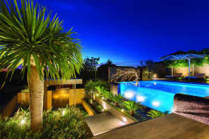 Modern Transparent Swimming Pool