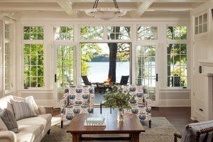 Luxury Lakeside Cottage Living Room