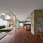 Hilltop Modernist House with Dramatic 360-Degree Views of the Californian Coastline