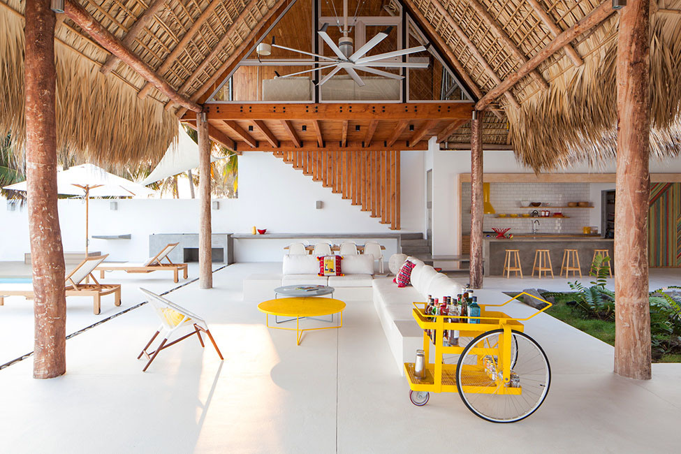 Beach House in San Salvador