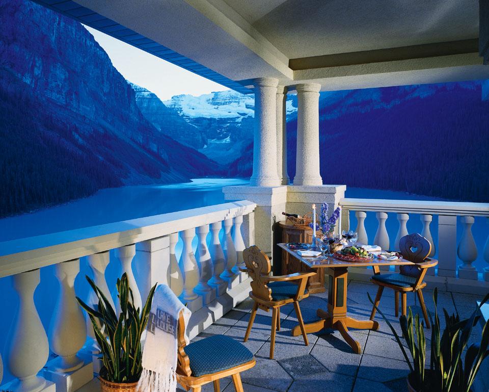 Mountain Paradise At Chateau Lake Louise Idesignarch