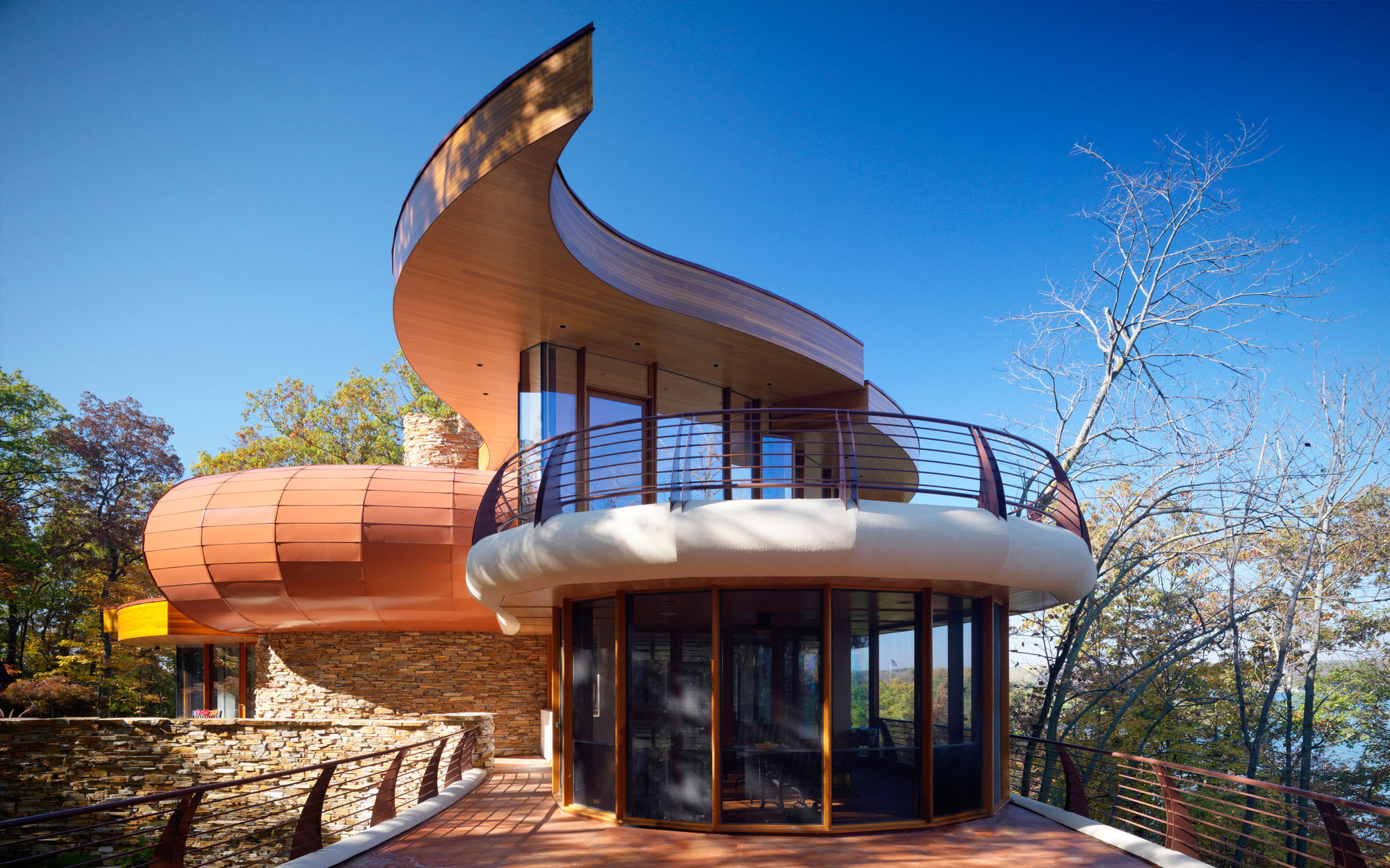 Unique Home Twisting Architecture
