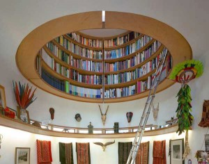 Round-Bookcase