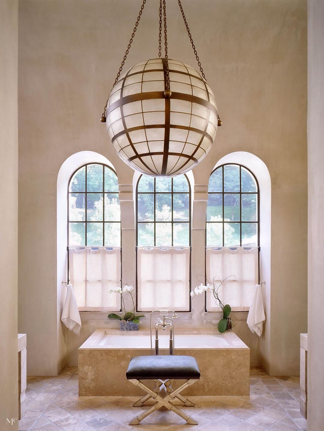 Elegant Bathroom with Arch Windows