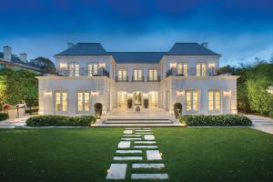 Timeless Luxury Home Architectural Design