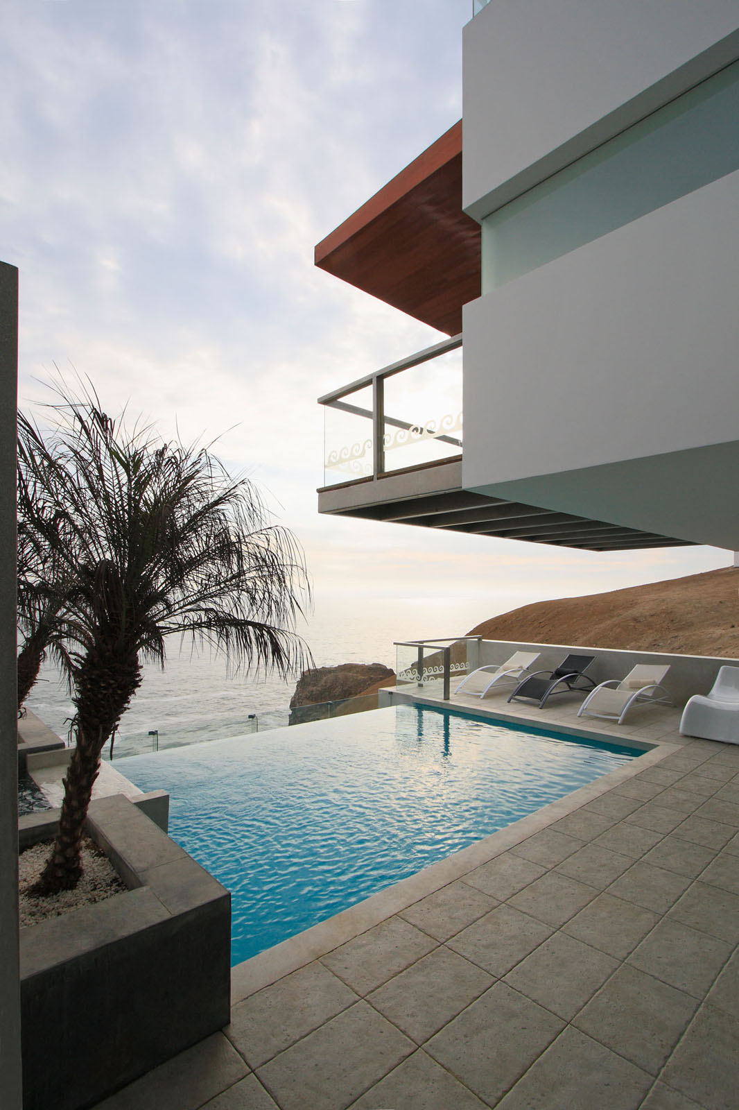Beach-House-Pool-Terrace