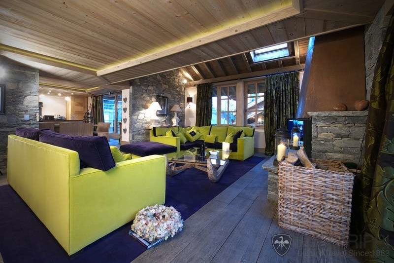 Contemporary-Chalet