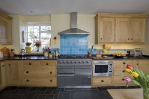 Contemporary-Country-Kitchen