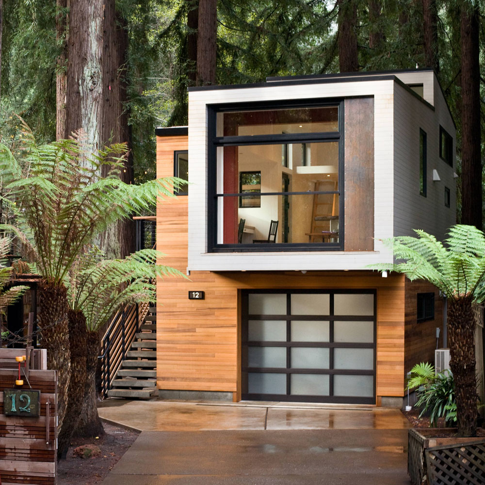 Modern Retreat in the Woods
