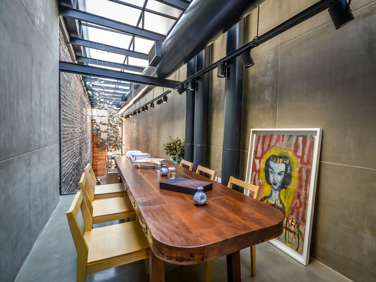 A Narrow Alley Transformed Into Cozy Restaurant El Papagayo Idesignarch Interior Design