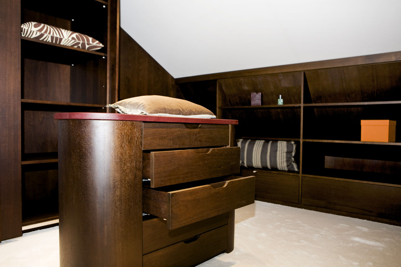 Penthouse-Walk-In-Closet