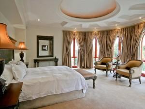 Estate-Master-Bedroom