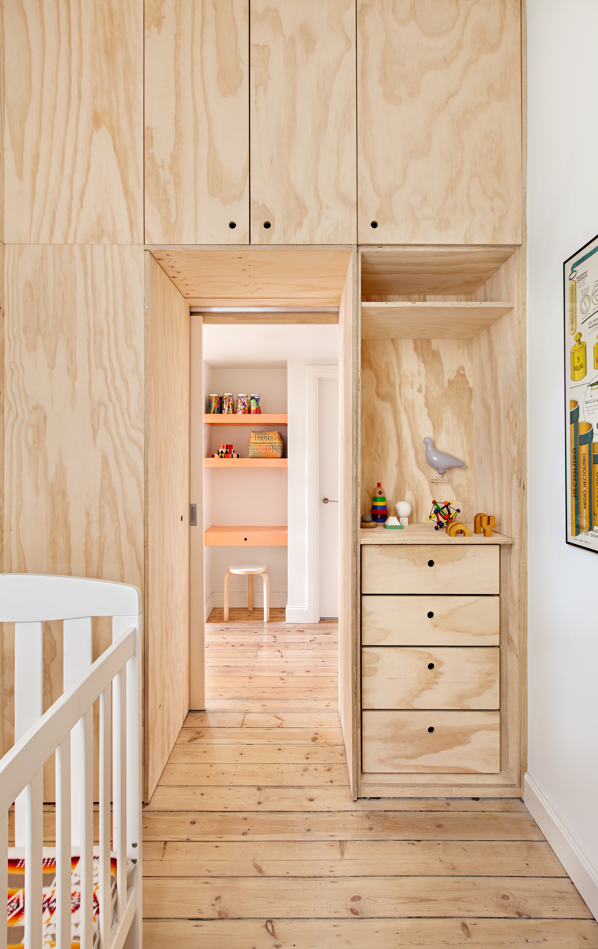 Small Inner City Apartment Uses Plywood To Enhance