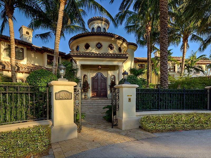 An Elegant And Sustainable Florida Home With Fantastic Views: Fort Lauderdale Mediterranean Style Estate With Beautiful
