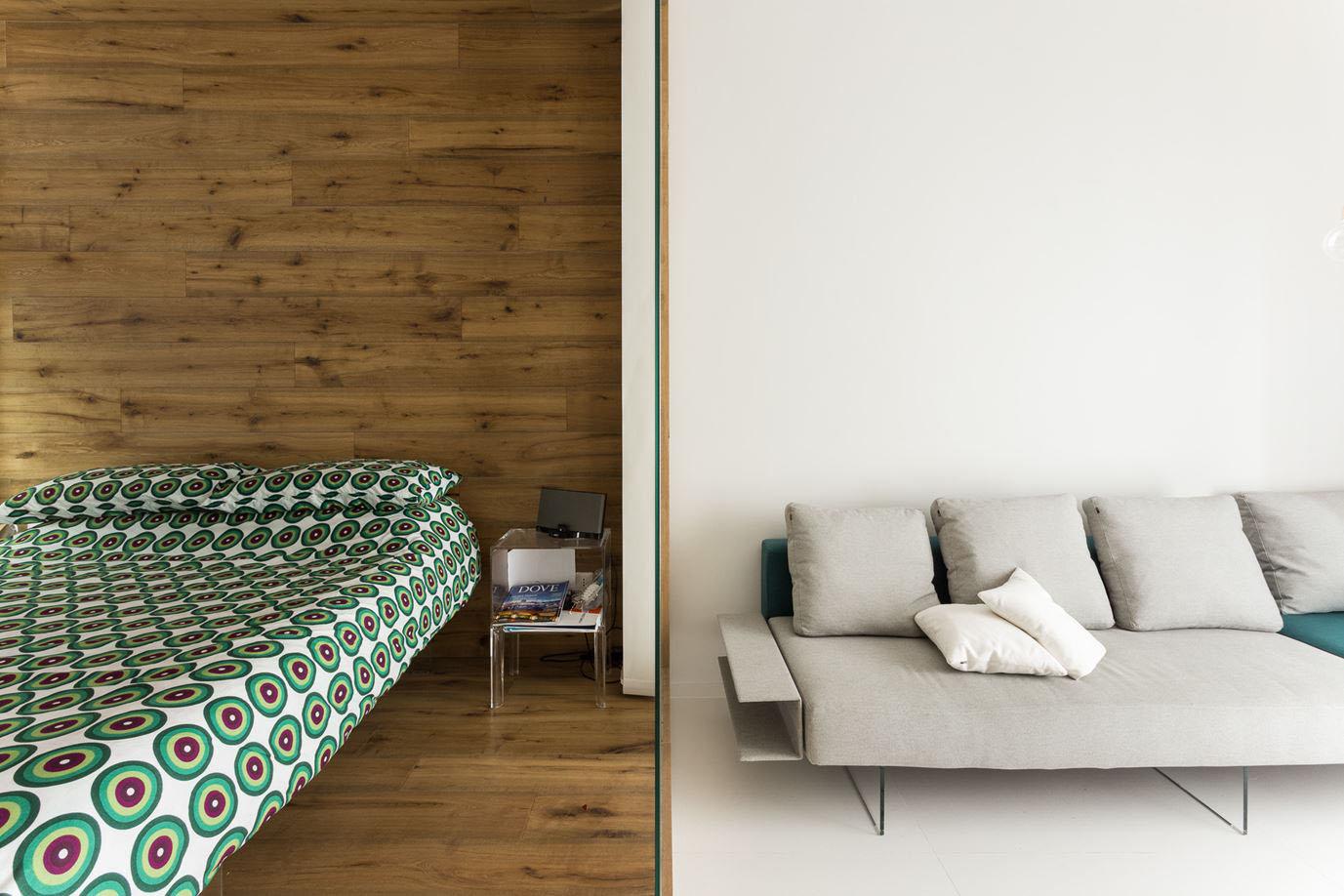 Related Posts. Refurbished Paris Studio Apartment ...