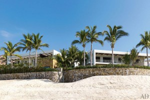 George Clooney and Cindy Crawford Beach Houses
