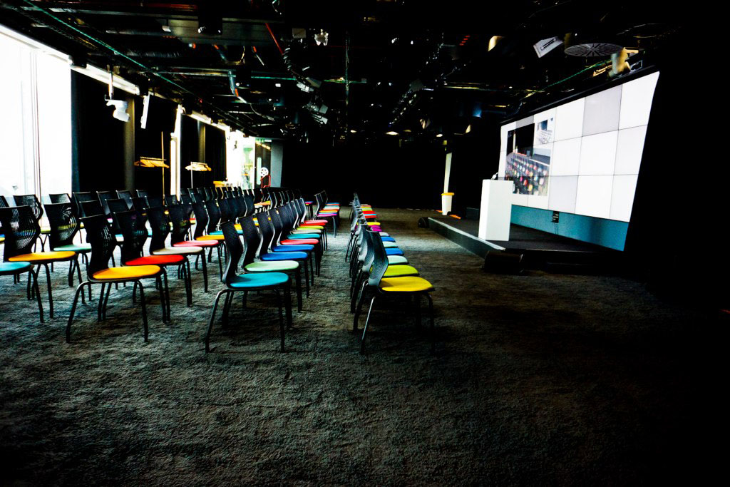 Inside The Quirky Google London Office | iDesignArch ...