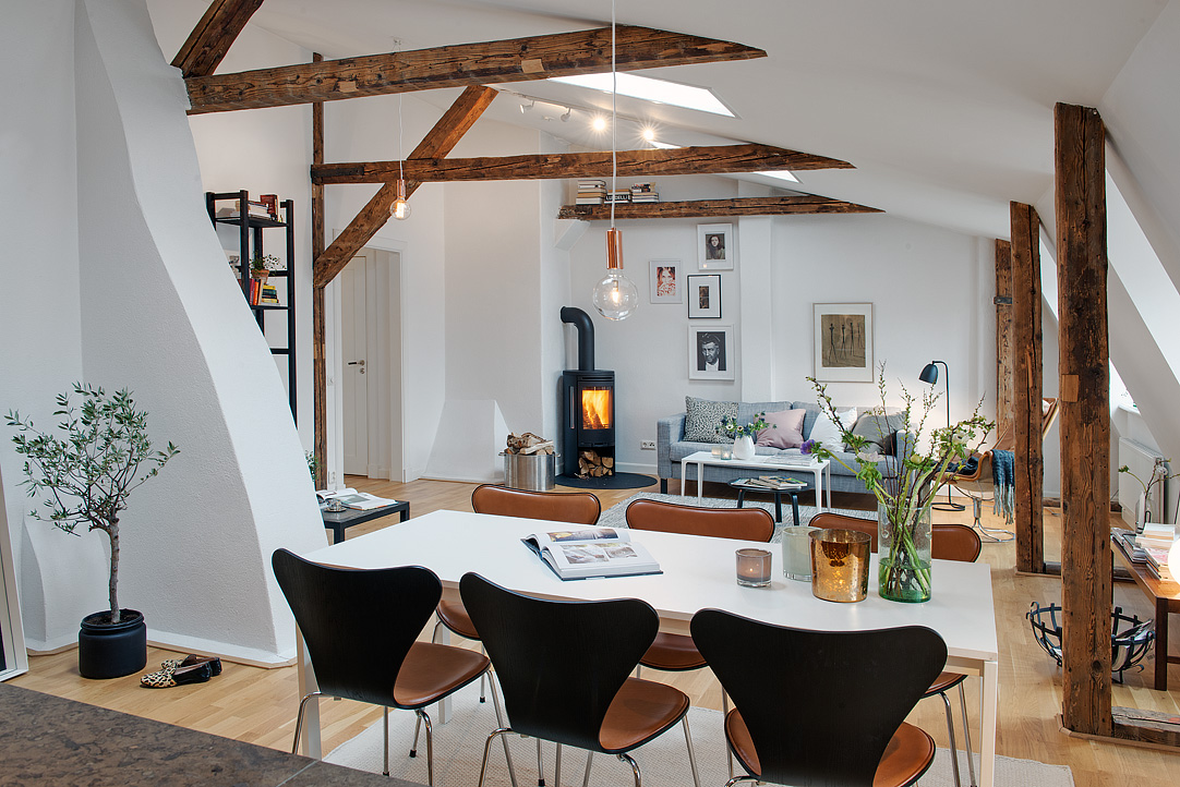 Gothenburg Apartment With Wood Beams 1