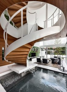 Minimalist Central Spiral Staircase