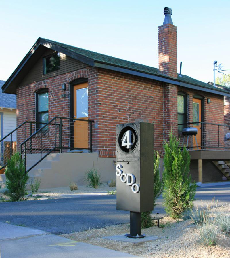 Tiny House Architecture: Small Brick House In Reno