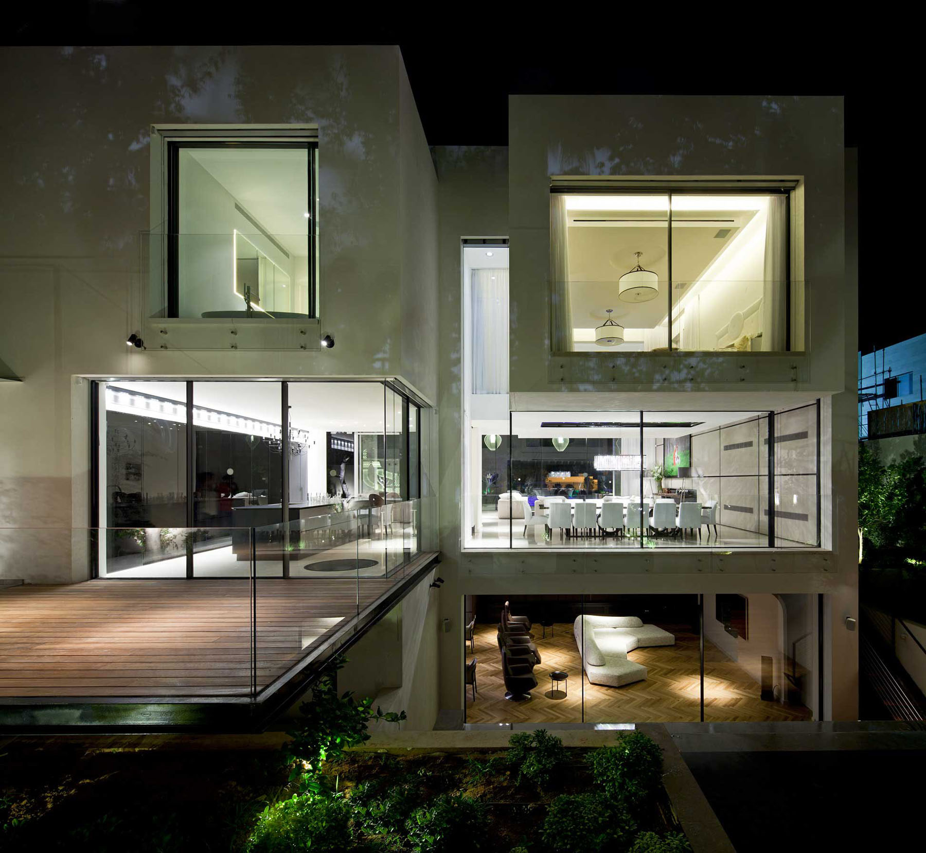 Modern Cube House In Israel Offers The Ultimate In Refined