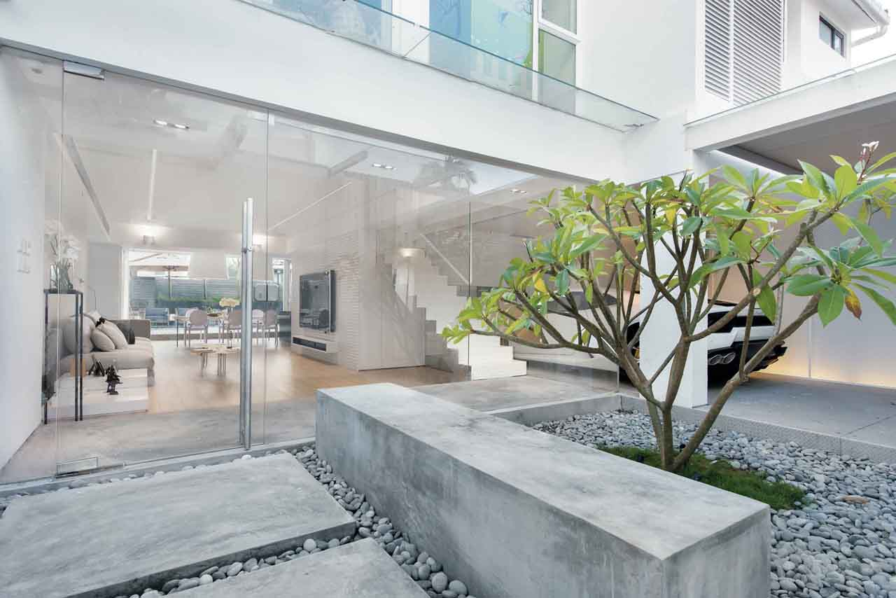Stylish Modern Dream House in Suburban Hong Kong with a ... on japan modern house design, mexico modern house design, kenya modern house design, pinoy modern house design, chinese modern house design, city modern house design,