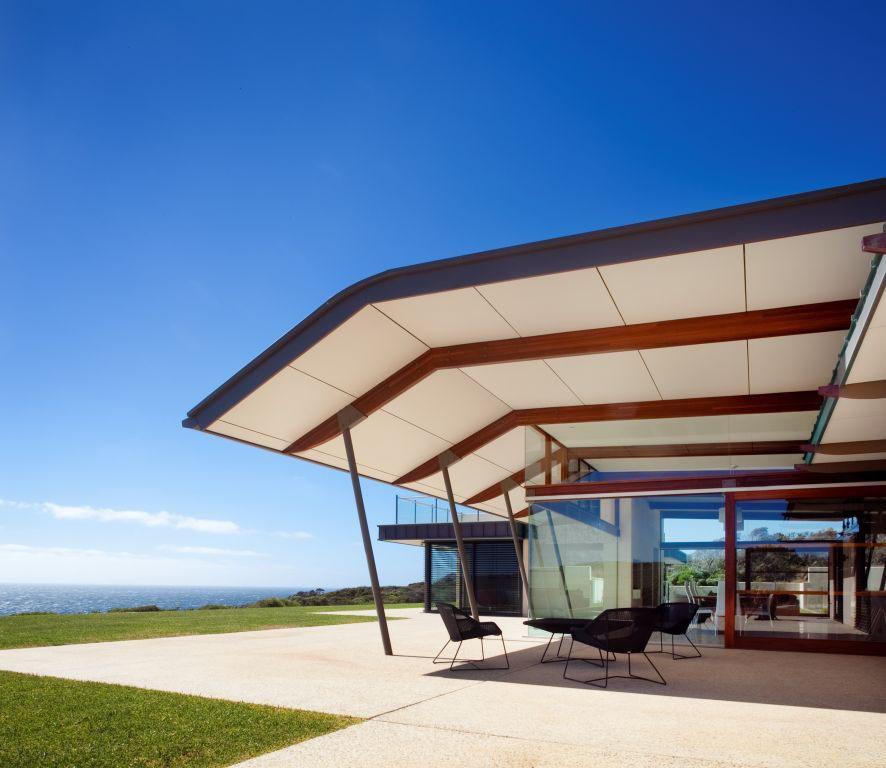 2 Bedroom Premium Apartment In Perth Cbd Adelaide Terrace: Spectacular Beach House In Western Australia