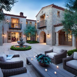 Intimate Italian Style House Courtyard