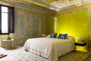 Contemporary Baroque Bedroom Decor