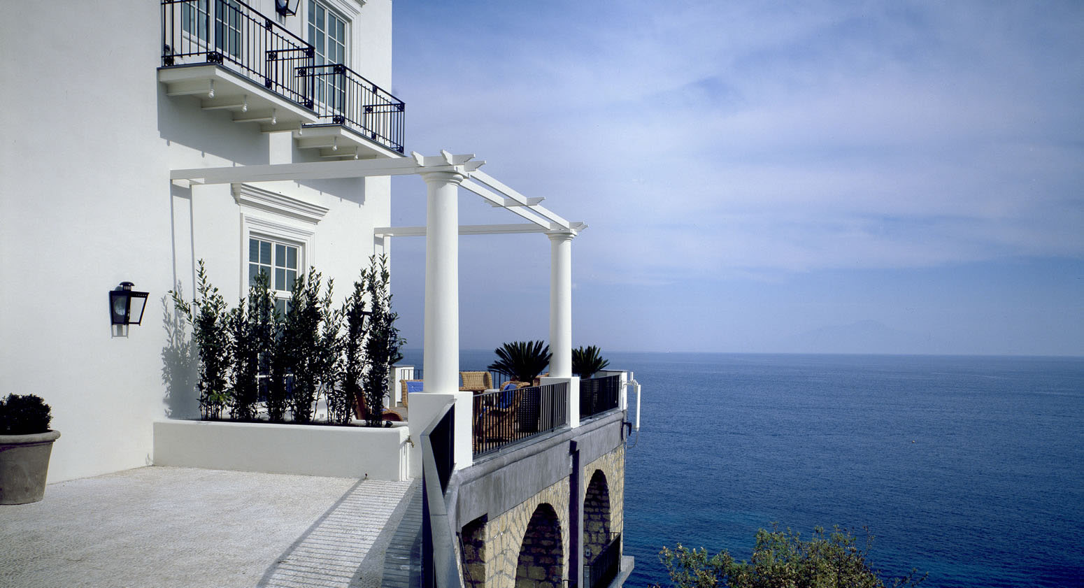 J K Place Capri Hotel Elegant Seaside Decor Idesignarch