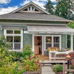 Craftsman Designed Small Cottage With Cozy Courtyard Garden
