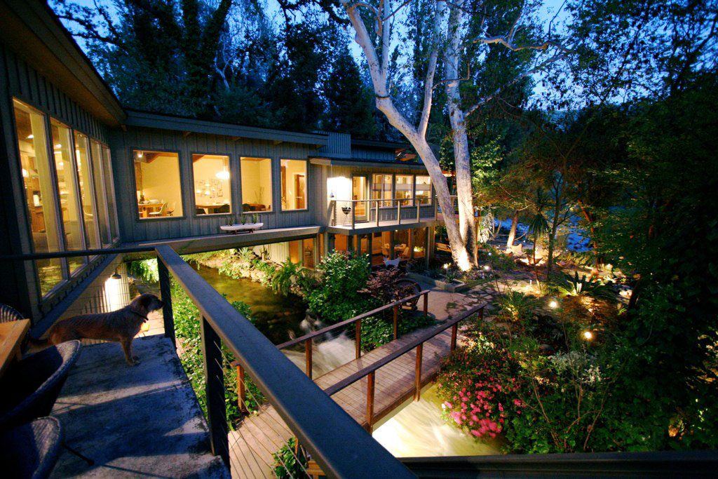 Kaweah Falls Vacation Home A River Runs Through It