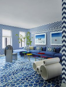 Minimalist Interior Decor with Strong Colors