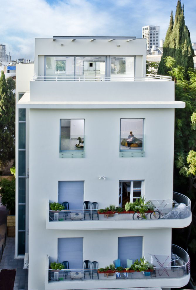 A 1930's Apartment Building In Tel-Aviv Gets A Face Lift ... on 1920s house architecture, 1930s bungalow style, 1930s home flooring, 1930s design, 1930s colonial style home, 1930s textiles, 1930s home interiors, 1930s home lighting, 1930s house styles, 1930s home garage, 1930s home decorating ideas, 1930s bungalow remodel, 1950s modern architecture, 1930s home construction, 1930s home office, 1930s home plans, 1930s home furnishings, 1920s american architecture, 1930s home library, modern dutch architecture,