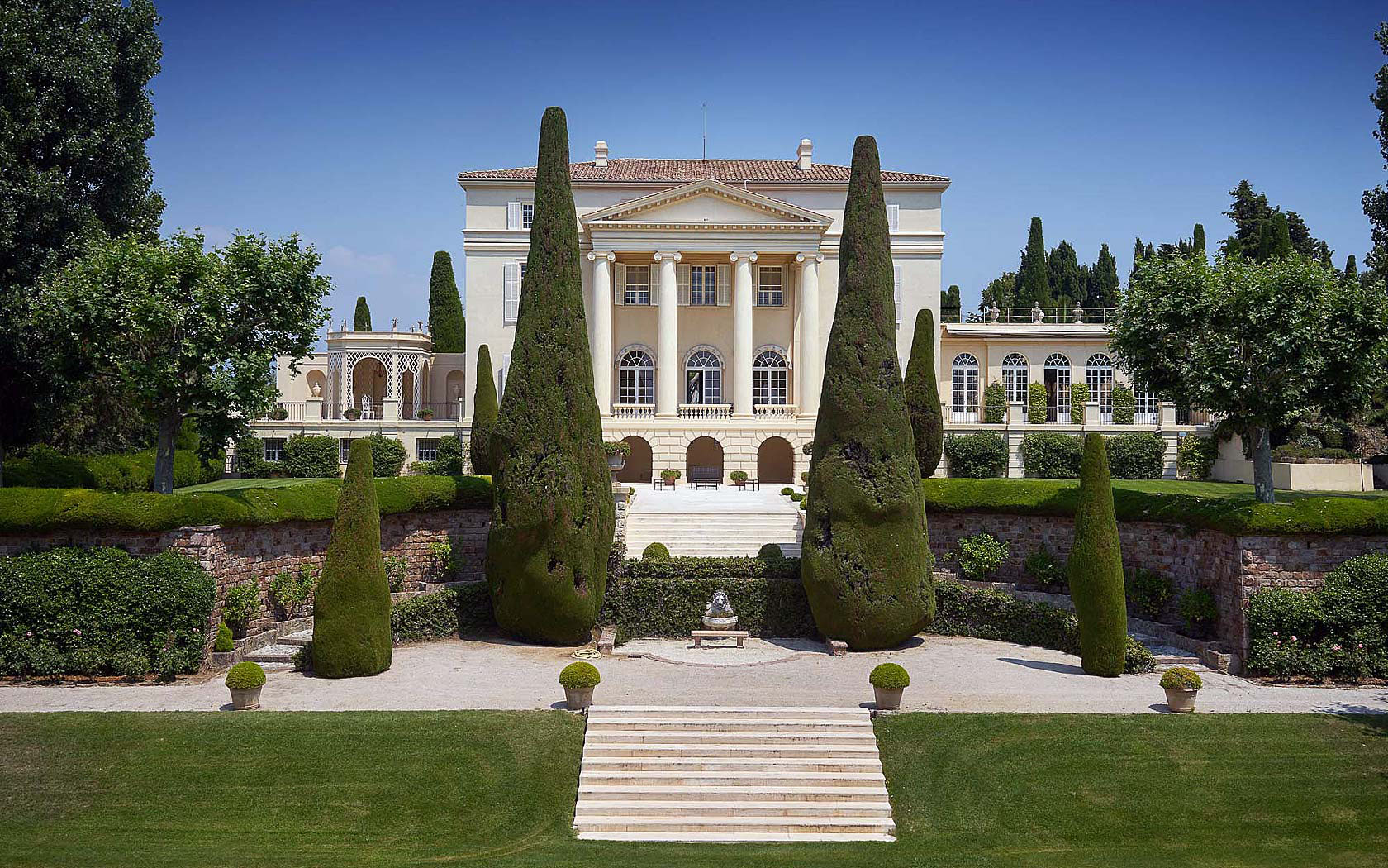 Legendary Mansion On The French Riviera With Neo-Palladian ... Modern Palladian Architecture
