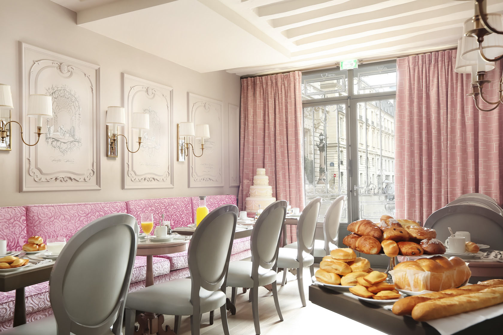 Parisian Style Interior Decor