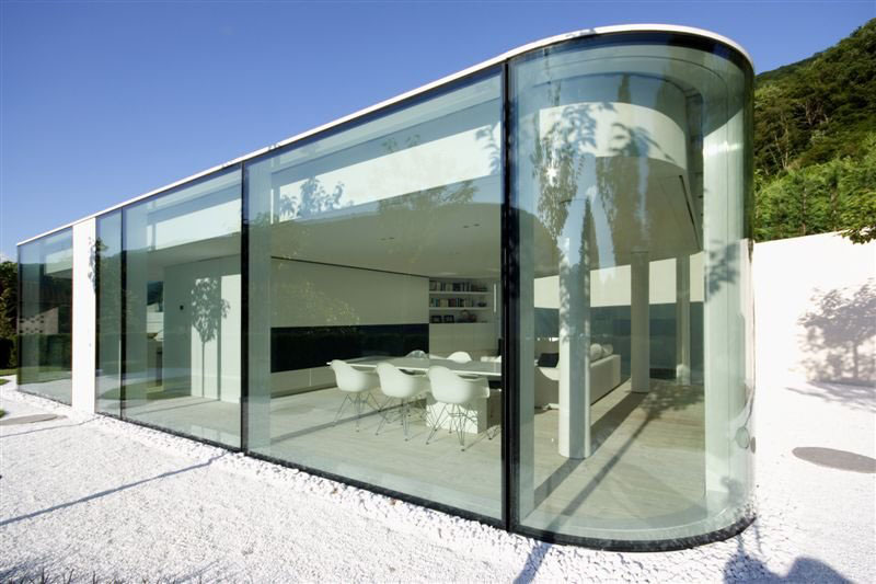 Energy-Efficient-Glass-House