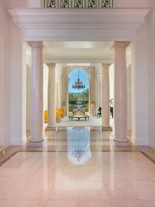 Hallway Grand Italian Marble Columns