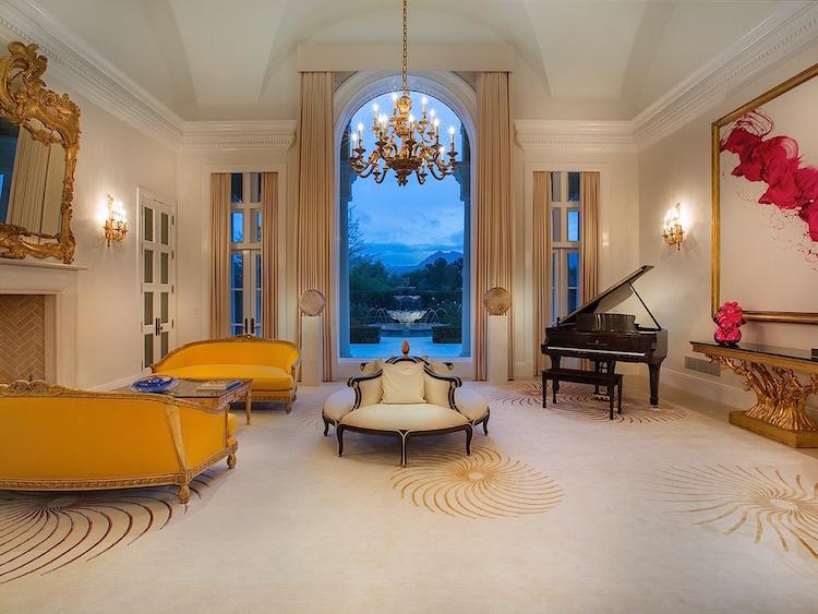 Classic Contemporary Elegant Interior Decor