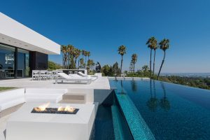 Beverly Hills Luxury Home with Infinity Swimming Pool
