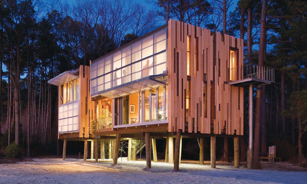 Prefab Loblolly House Redefines New Architecture