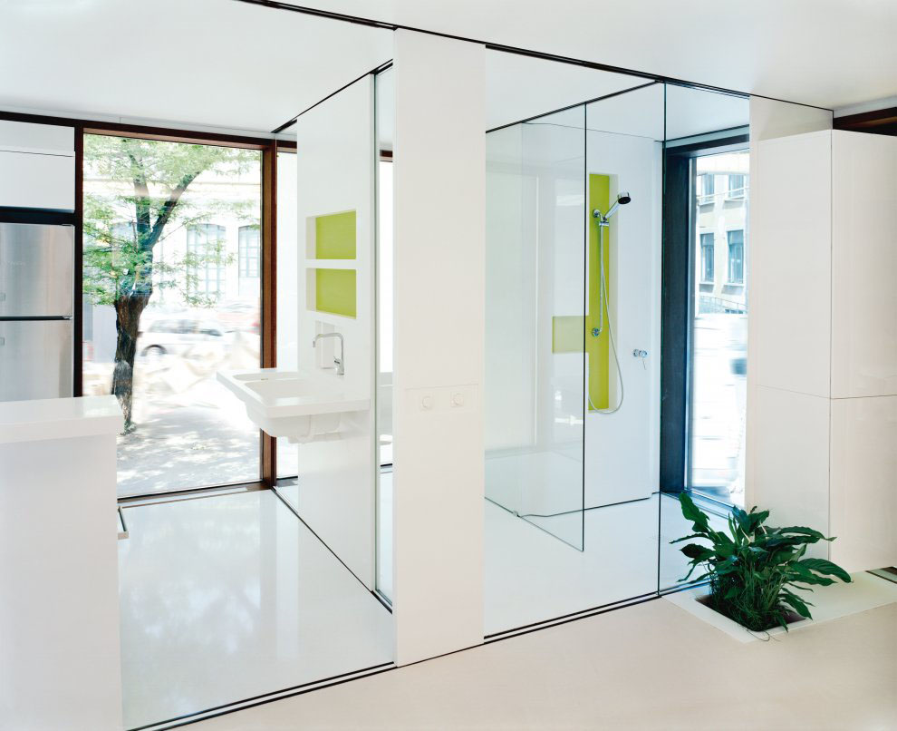 Modern-Prefab-Interior