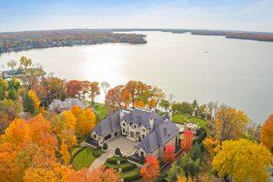 Luxury Lakeside Estate on Lake Minnetonka - Deephaven, Minnesota
