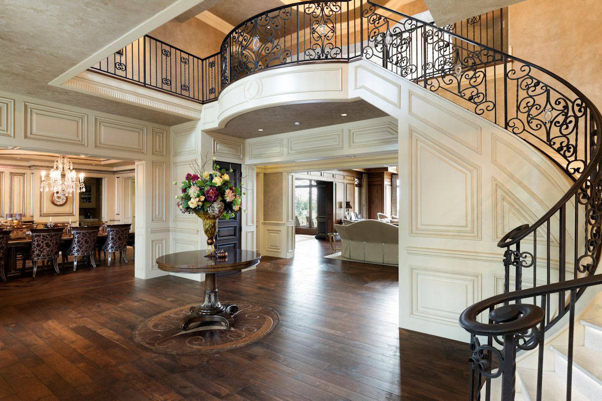 Luxury Home Grand Staircase