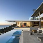 Magnificent Ocean View Modern Home in Cape Town with Seamless Spatial Experience