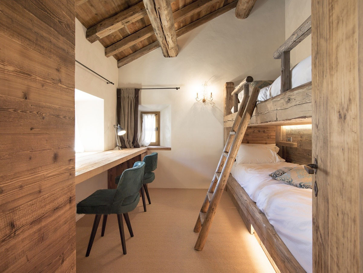 Rustic Ski Chalet with Bunk Beds