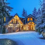 Spectacular Whistler Cedar-Log and Stone Mountain Chalet